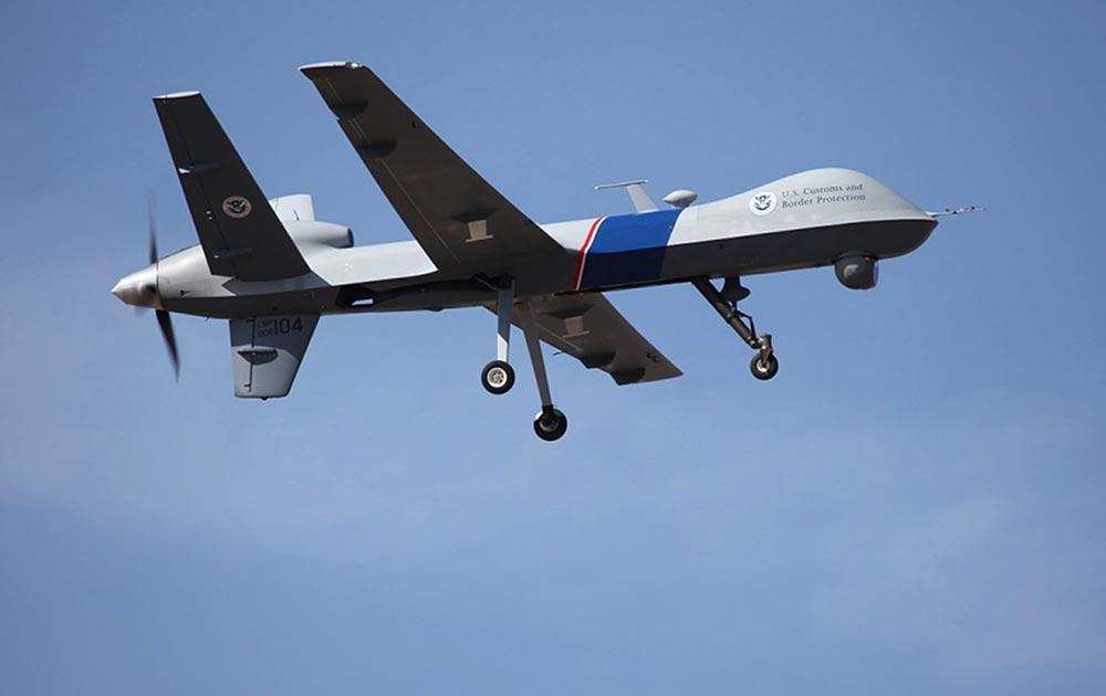 अमेरिका का एक नया ड्रोन विमान जिसे अमेरिका-कनाडा सीमा पर सुरक्षा के लिहाज से लगाया गया है।