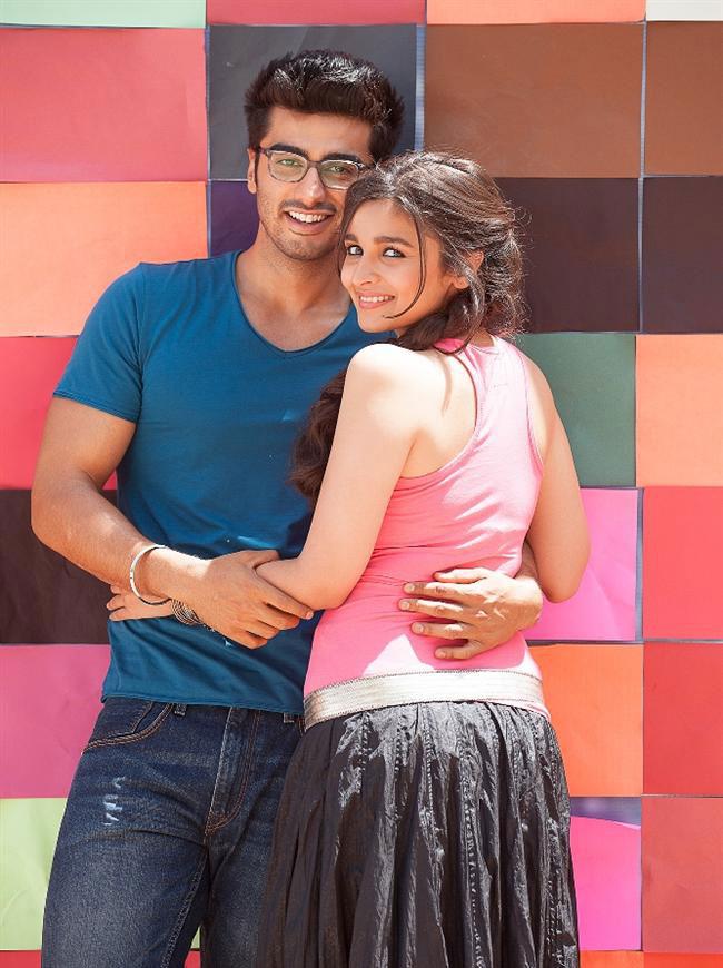 चेतन भगत के उपन्यास 'टू स्टेट्स' पर बन रही इस फ़िल्म को अभिषेक वर्मा ने डायरेक्ट किया है जिसमें आलिया और अर्जुन कपूर पहली बार दिखेंगे।