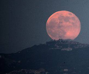 जितना हम सोचते हैं उससे भी 6 करोड़ साल पुराने हैं पृथ्वी, चांद
