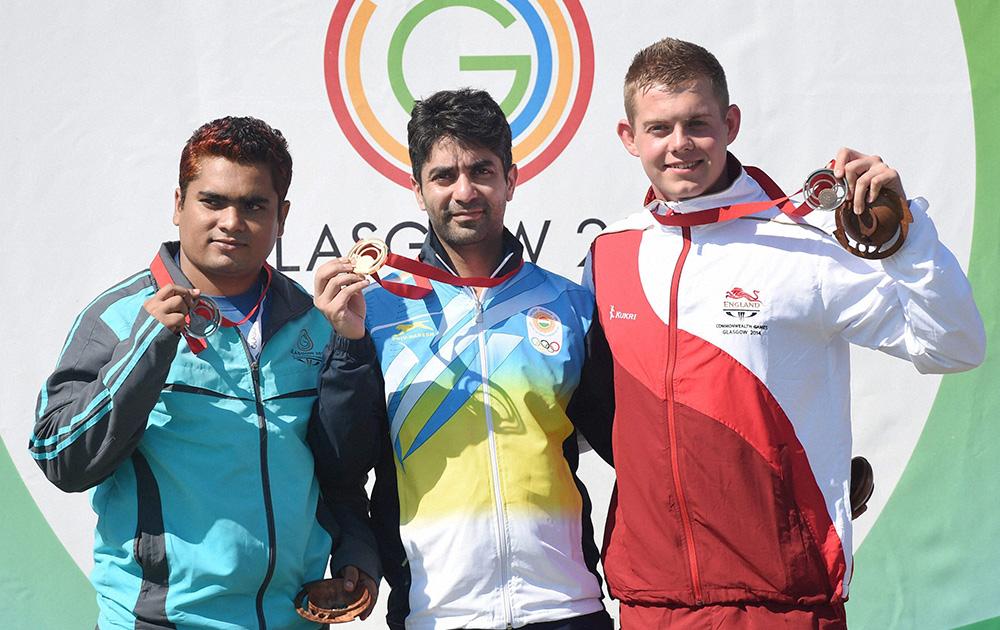 भारत के दिग्गज निशानेबाज अभिनव बिंद्रा ने 10 मीटर एयर राइफल व्यक्तिगत स्पर्धा में स्वर्ण पदक के साथ राष्ट्रमंडल खेलों को अलविदा।