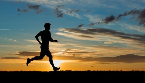 सेहतमंद रहने के लिए रोजाना दौड़ लगाएं