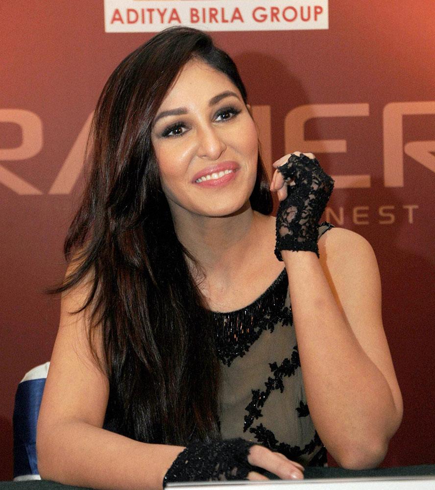 रांची में एक प्रेस कॉन्फेंस के दौरान मिस इंडिया वर्ल्ड 2009 पूजा चोपड़ा।