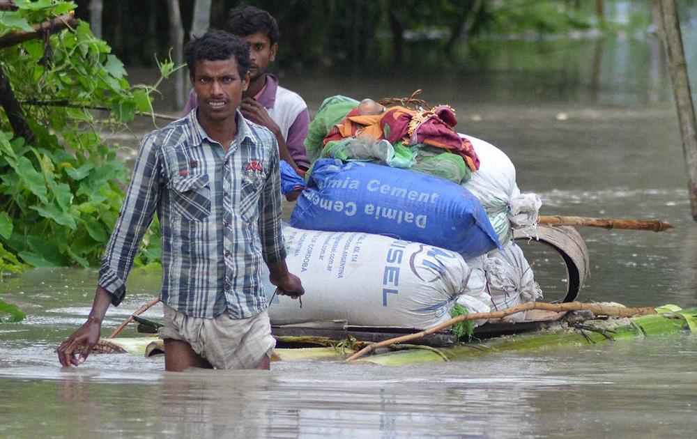 असम के नागोन में बाढ़।
