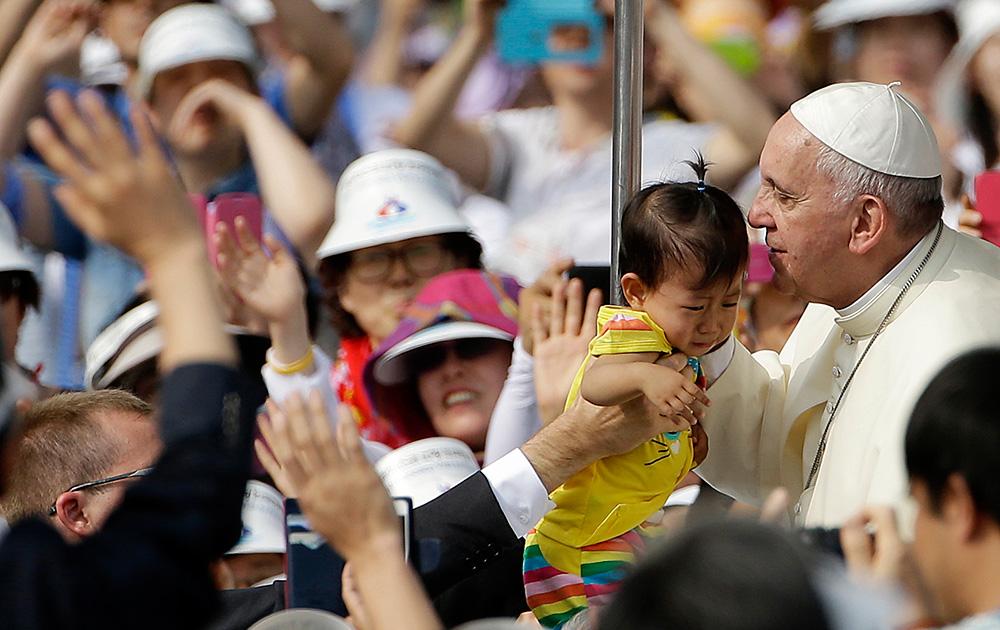 साउथ कोरिया की राजधानी सियोल में पोप फ्रांसिस।