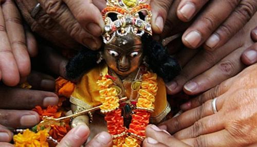 मथुरा में जन्माष्टमी की धूम, रंगजी मंदिर में आज होगा अभिषेक