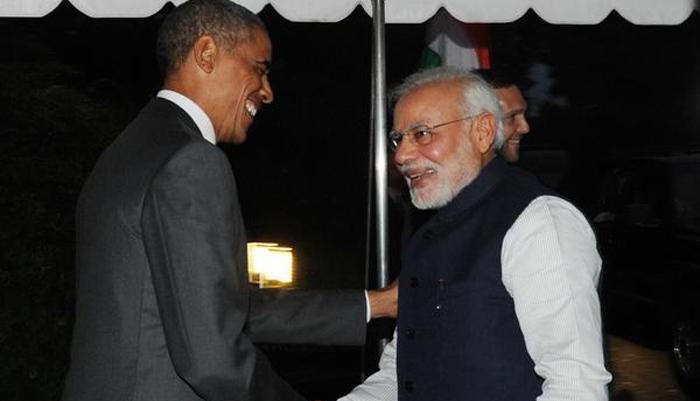 नरेंद्र मोदी ने बराक ओबामा को गीता और मार्टिन लूथर किंग के क्लिप्स भेंट किए