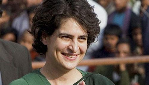 कांग्रेस महासचिव बनाई जा सकती हैं प्रियंका गांधी : रिपोर्ट