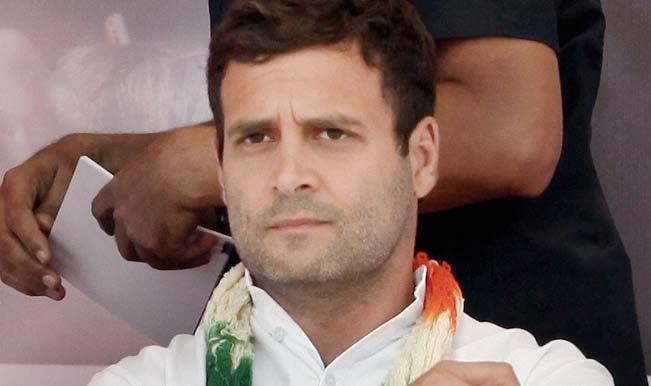 किसान रैली में बोले राहुल `देश की नींव को कमजोर कर रहे हैं PM मोदी`