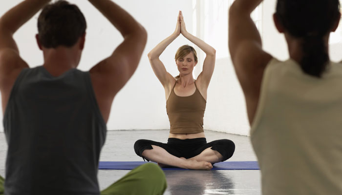 'मधुमेह और मोटापे के लिए योग श्रेष्ठ थेरेपी'