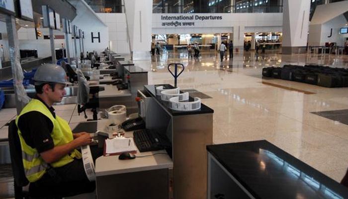 दिल्ली एयरपोर्ट पर रेडियोएक्टिव पदार्थ के लीकेज से मचा हड़कंप, राजनाथ ने कहा- लीकेज काबू में