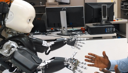 डायरेक्टर्स ऑफ बोर्ड की बैठक में 2025 तक रोबोट भी ले सकता है हिस्सा