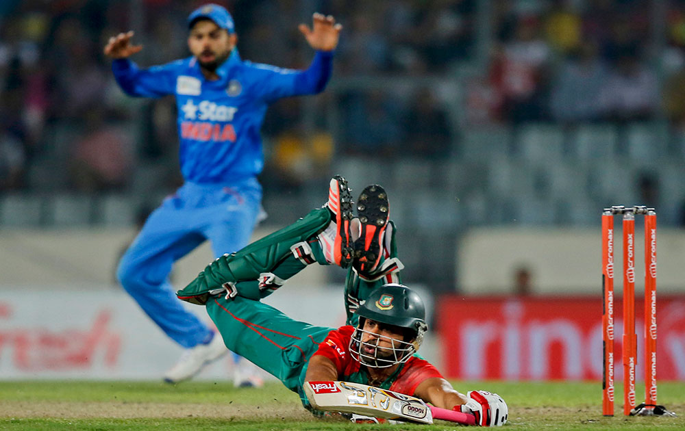 ढाका में टी20 एशिया कप के फाइनल मैच के दौरान बांग्लादेश के तमीम इकबाल।