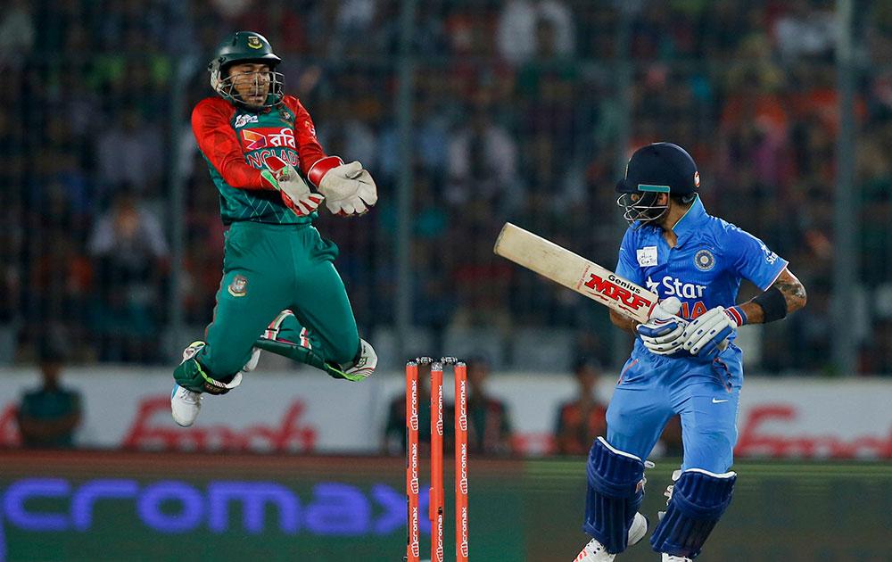 ढाका में भारत और बांग्लादेश के बीच टी20 एशिया कप का फाइनल मैच।