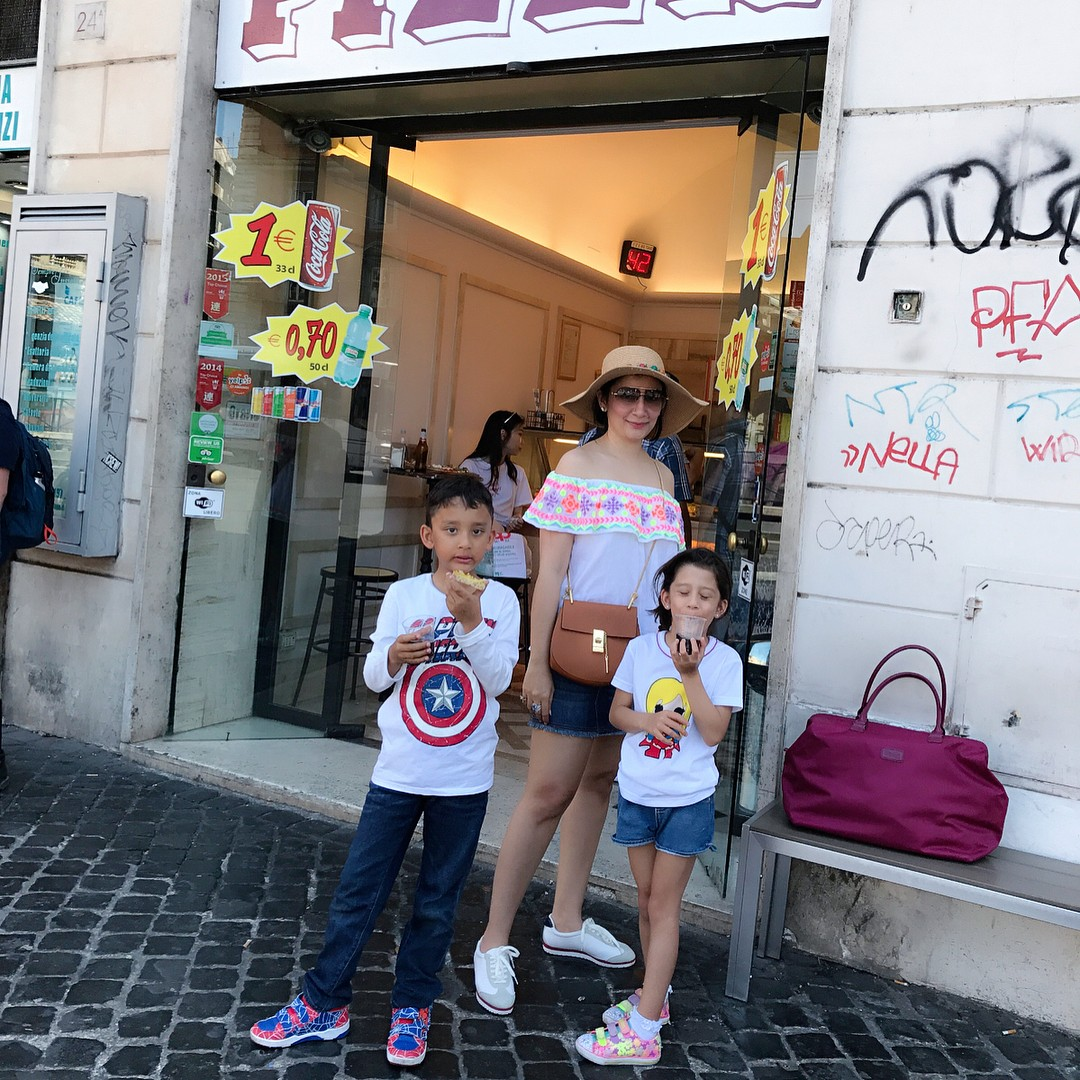 maanayata in Italy with her children