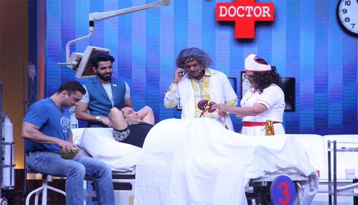 सुपरनाइट विद 'ट्यूबलाइट' : सलमान को तो हंसाया, लेकिन दर्शकों को हंसाने में नाकाम रहे डॉ. गुलाटी?