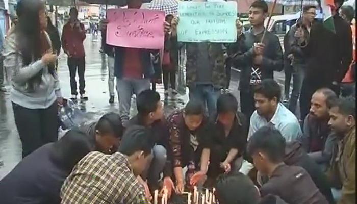 दार्जिलिंग हिंसा: इंटरनेट सेवाएं अब भी बंद, जीजेएम ने निकाला विरोध मार्च
