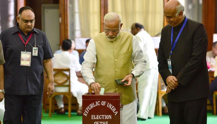 राष्ट्रपति चुनाव : वोटिंग समाप्त, पीएम मोदी, सोनिया और राहुल ने किया मतदान