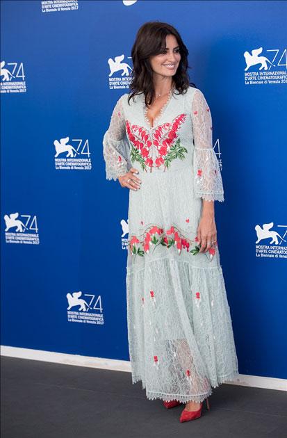 Actress Penelope Cruz attends the photocall