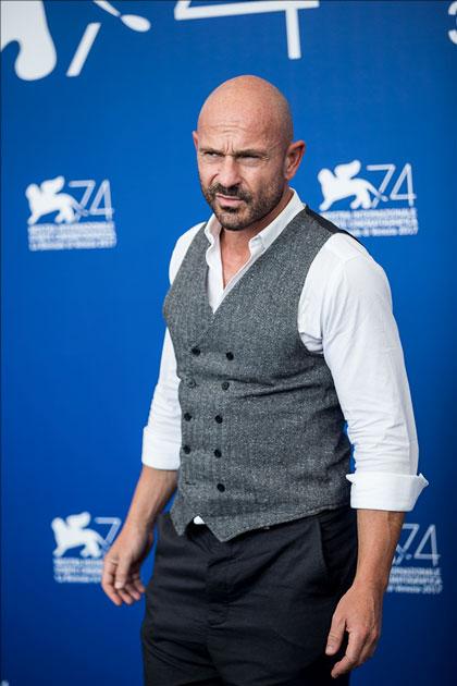 Actor Raiz poses during a photocall
