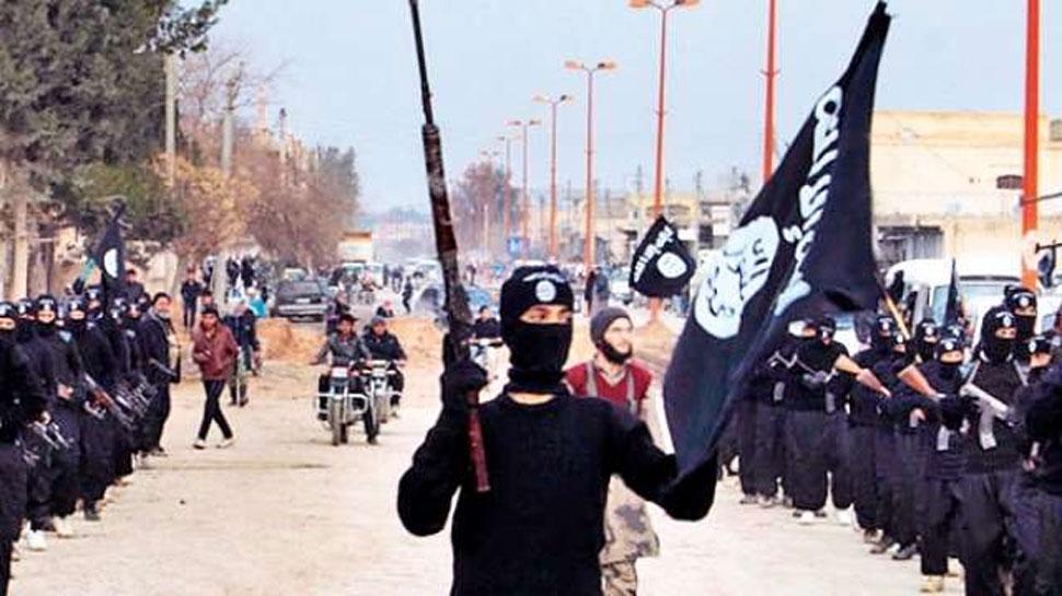इराक में दोहरे बम विस्फोट में 74 की मौत, ISIS ने ली हमले की जिम्मेदारी