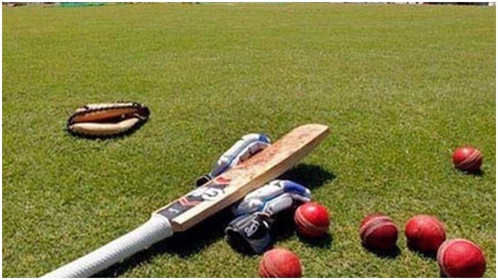 ऑस्ट्रेलिया के टेस्ट लेग स्पिनर होलैंड का निधन