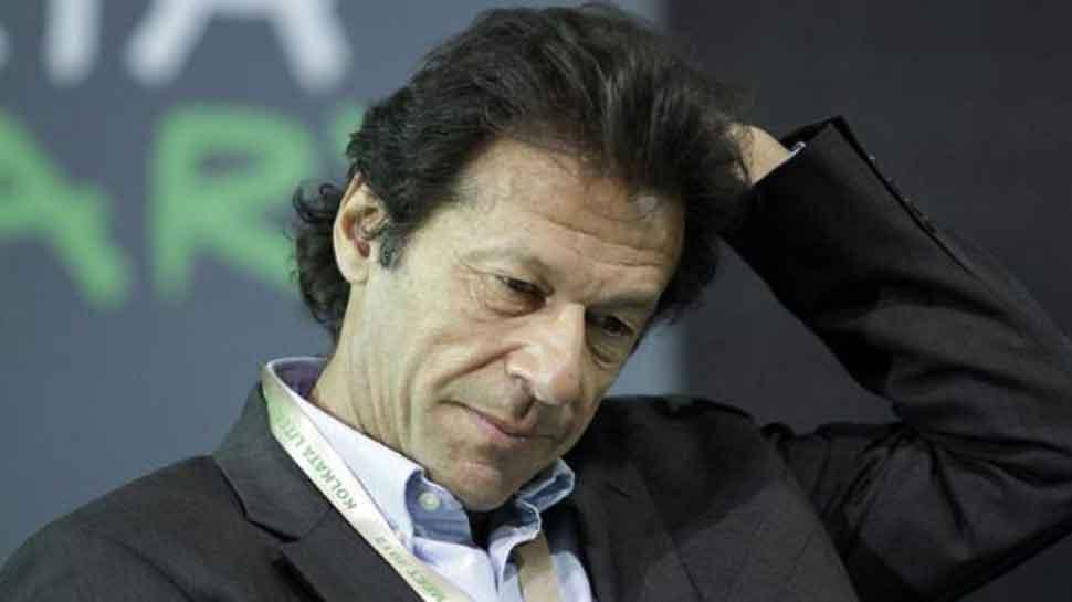 पाक चुनाव आयोग ने इमरान खान के खिलाफ गैर-जमानती वारंट जारी किया
