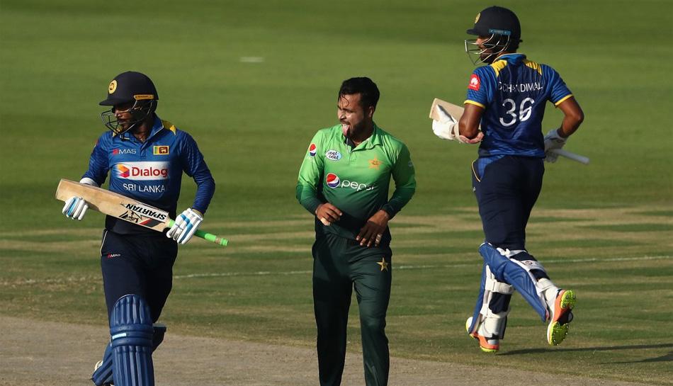 Pakistan Lanka ,Lankan players ,Lahore,स्टोरी,श्रीसंत,आजीवन बैन,निकाला तोड़,देश,खेलना,संकेत