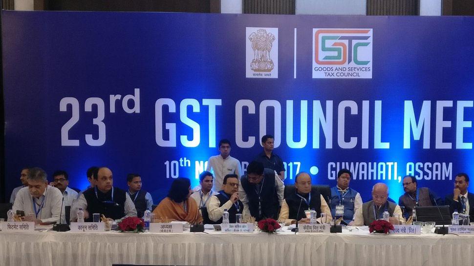 GST काउंसिल ने 177 वस्तुओं पर टैक्स 28% से घटाकर 18% किया, जानिए क्या-क्या हुआ सस्ता