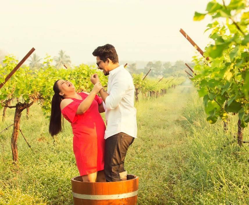 Photo Bharti singh enjoying in goa after Marriage