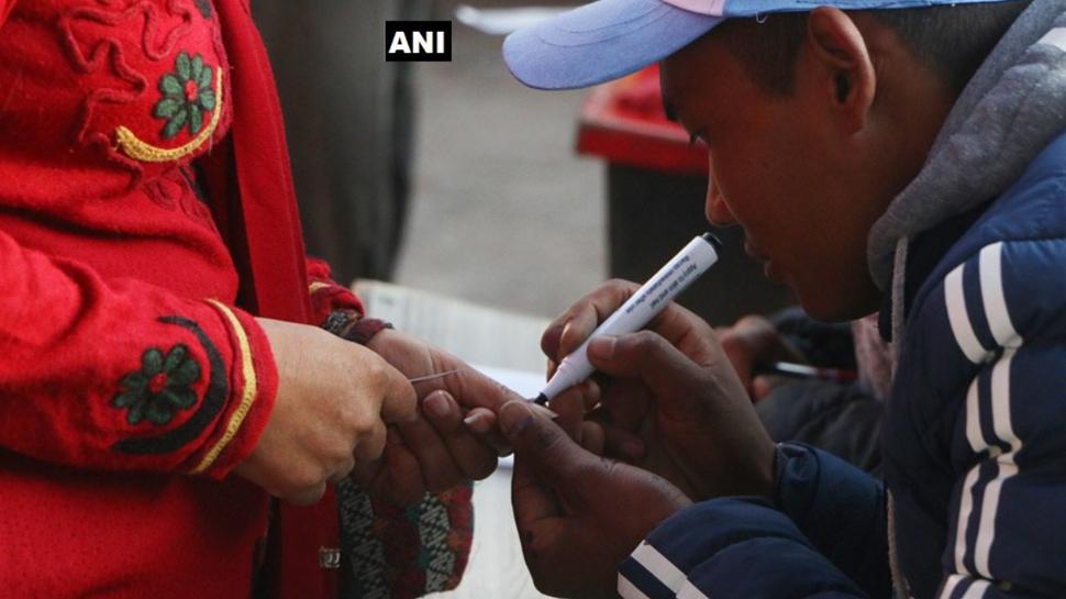 नेपाल: 45 जिलों में दूसरे चरण का मतदान जारी, 1.22 करोड़ हैं मतदाता