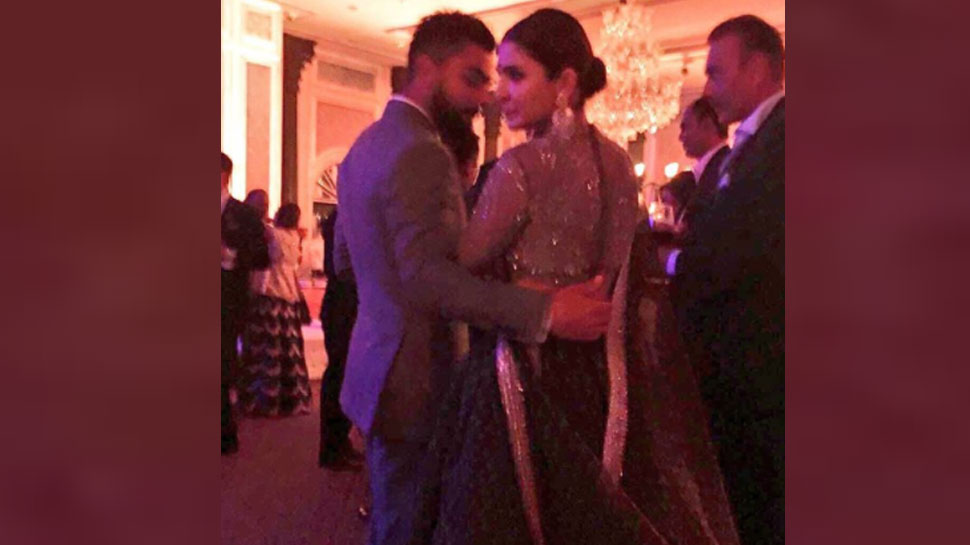 Virat Anushka in Zaheer khan Reception