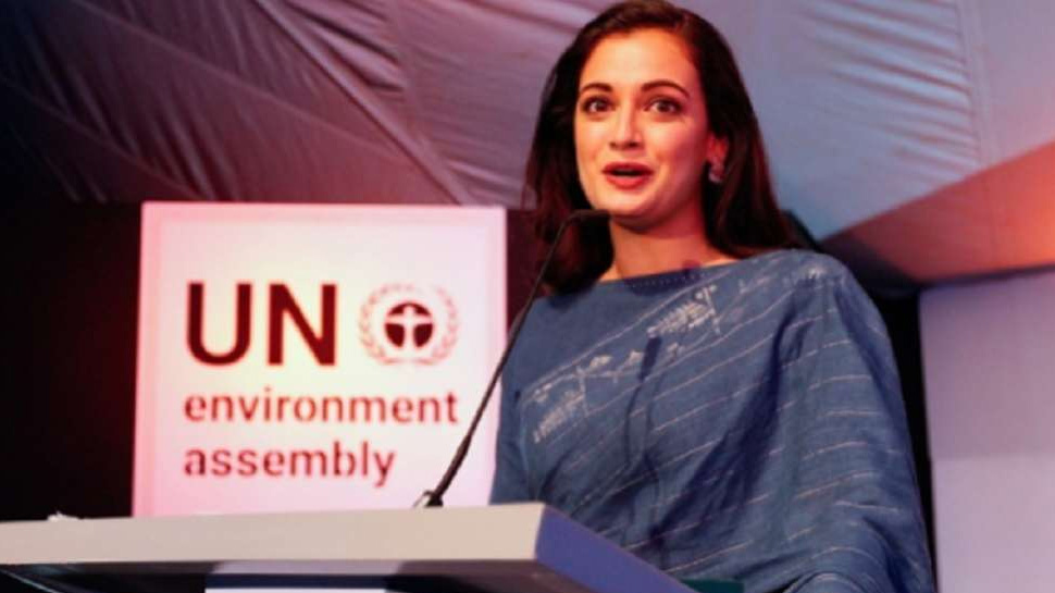 doesn't use sanitary napkins during periods: Dia Mirza
