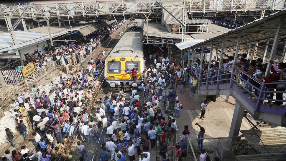 प्रकाश अंबेडकर ने महाराष्ट्र बंद वापस लेने की घोषणा की, रेल-सड़क यातायात हुआ प्रभावित