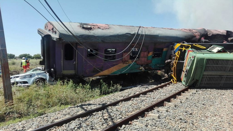 Image result for साउथ अफ्रीका के जोहान्सबर्ग में हुई रेल दुर्घटना