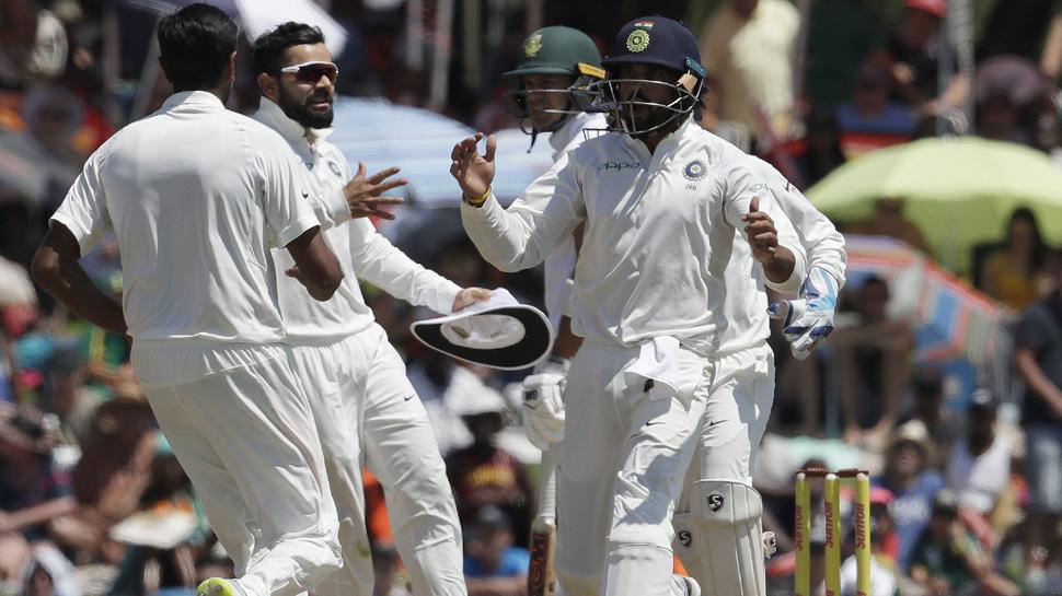 भारत ने शानदार फील्डिंग से की मैच में नाटकीय वापसी, अश्विन के तीन विकेट