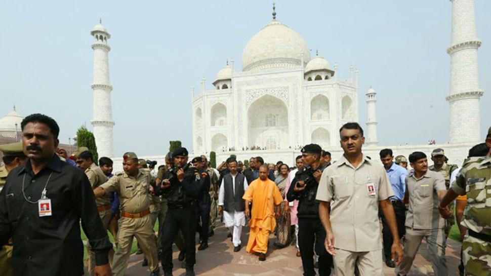 ताजमहल के साए में इस बार गूंजेगा 'जय श्रीराम', विपक्ष ने उठाए सवाल तो मुस्लिम मंत्री ने दिया जवाब