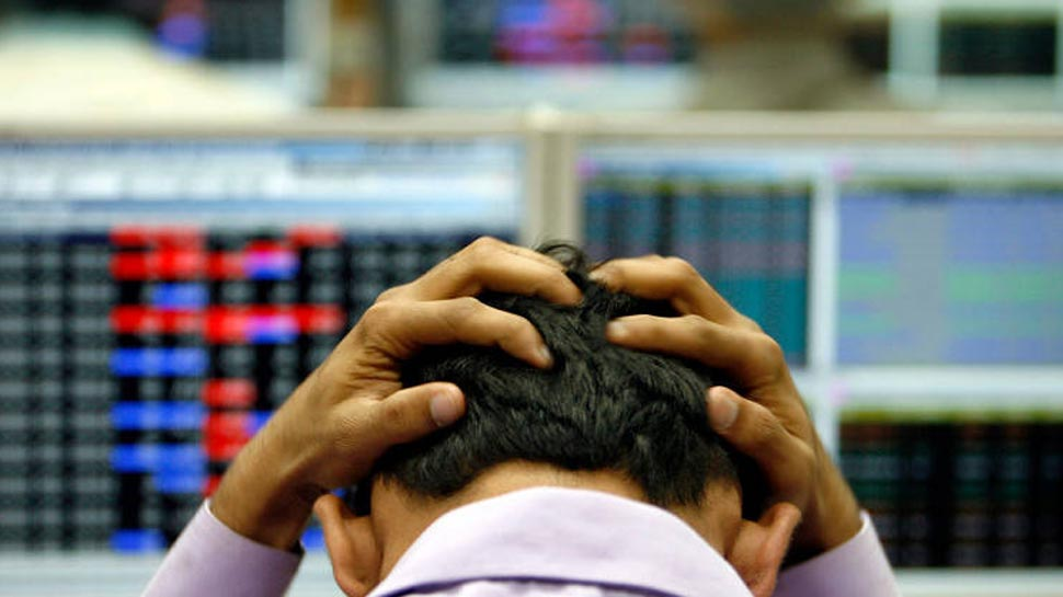 शेयर बाजार में कोहराम, सेंसेक्स 1100 प्वाइंट से ज्यादा टूटा, निफ्टी में सबसे बड़ी गिरावट
