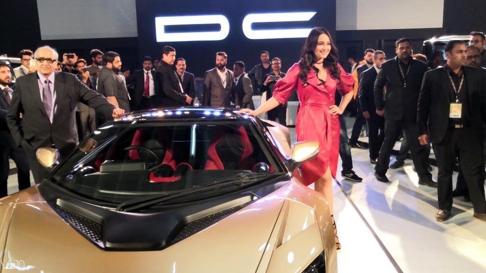 Auto Expo 2018, Celebrities in Auto Expo, Sachin Tendulkar, Tapsee pannu, Shahrukh Khan, Akshay Kumar