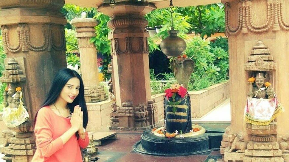 अमिताभ बच्चन से लेकर अमृता राव तक कई बॉलीवुड सितारों ने दी महाशिवरात्रि की बधाई