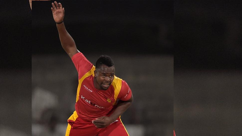 जिम्बाब्वे के तेज गेंदबाज विटोरी अवैध एक्शन के लिये निलंबित