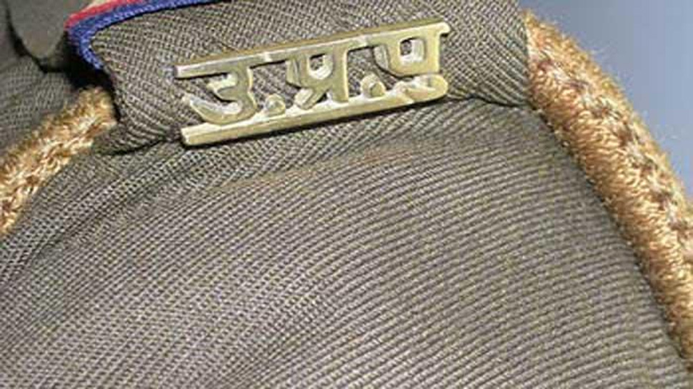 यूपी : गाजियाबाद में जहरीली शराब से 3 की मौत, CM योगी ने दिए जांच के आदेश, 4 पुलिसवाले सस्पेंड