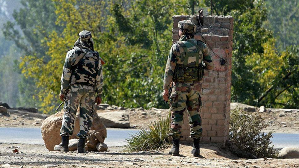 जम्मू-कश्मीर : शोपियां में सेना के गश्ती दल पर आतंकी हमला, SPO शहीद