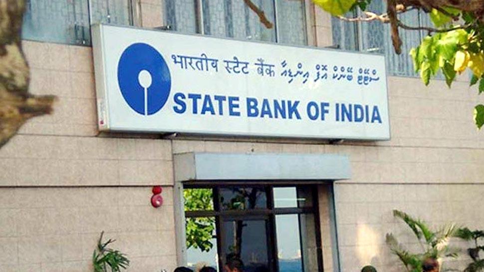 SBI के साथ पहली बार हुआ ऐसा, नहीं है देश का सबसे बड़ा बैंक, तीसरे नंबर पर फिसला