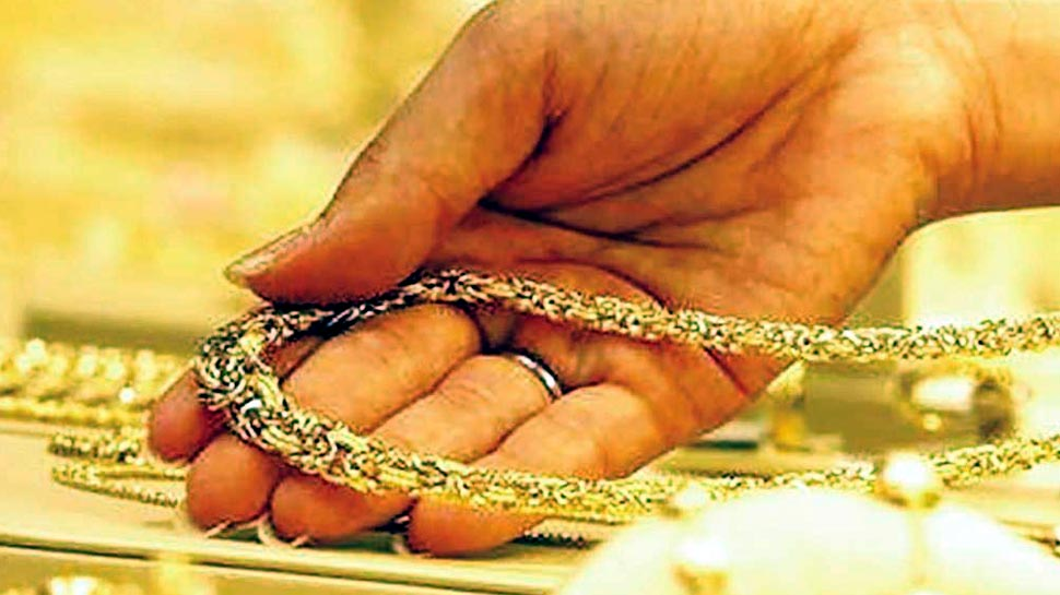 अक्षय तृतीया पर ज्वैलर्स दे सकते हैं धोखा, ऐसे पहचानें सोना असली है या नकली