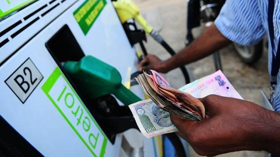 रिकॉर्ड महंगा हुआ पेट्रोल-डीजल, 70 पैसे महंगा हुआ पेट्रोल, डीजल पर 86 पैसे बढ़े
