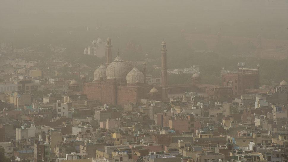 दिल्ली में धूल के चलते आबोहवा हुई खराब, LG ने निर्माण कार्यों पर लगाई रोक