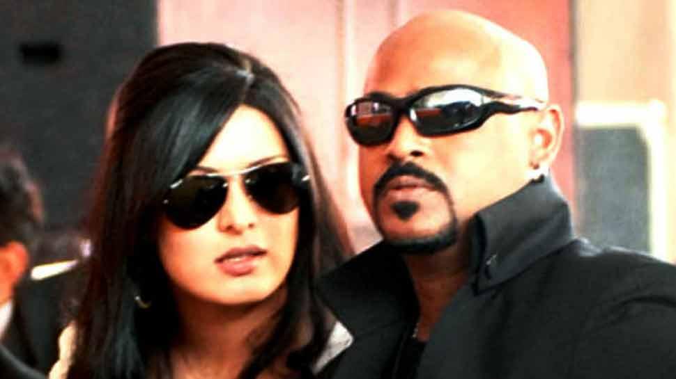 VIDEO: विनोद कांबली की पत्नी बोलीं, उसने मुझे गलत तरीके से छूआ इसलिए मारा घूंसा
