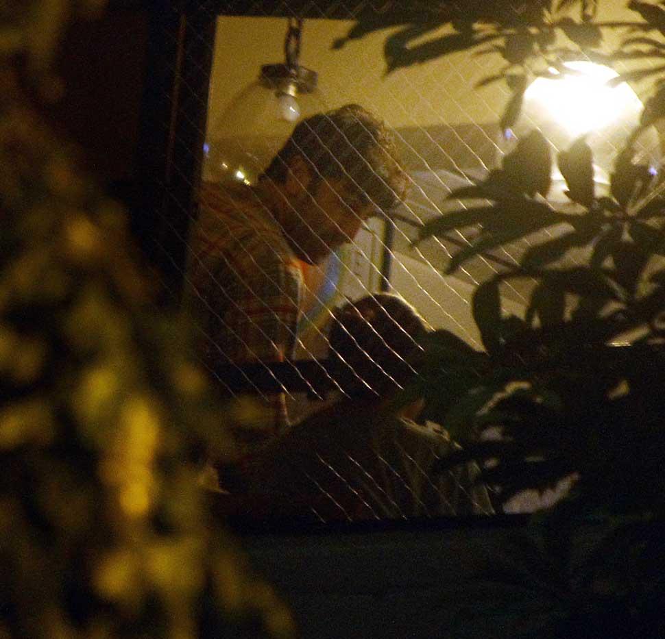 Ranbir Kapoor Late Night Visit at Alia Bhatt Home In Pics