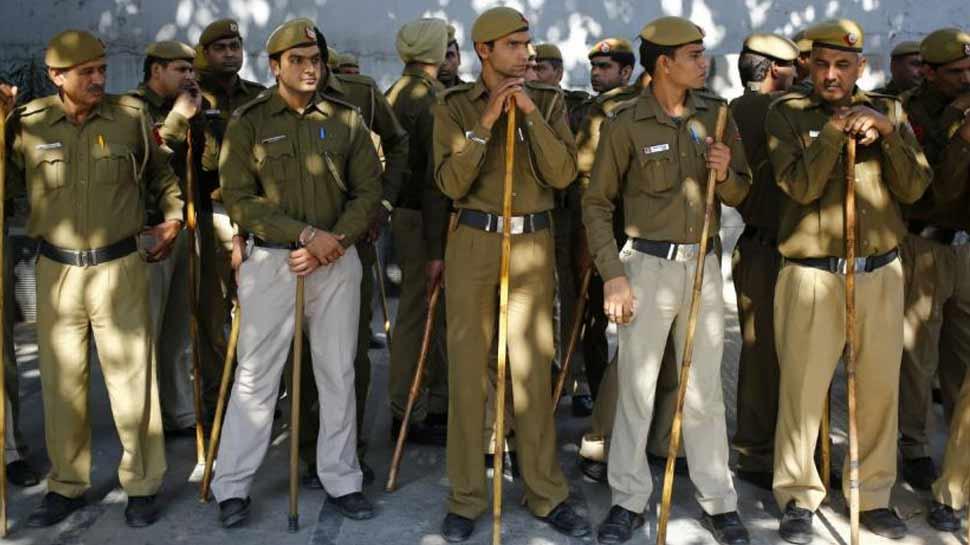 Image result for यूपीपुलिस में होने वाली 56,000 पद के लिए आवेदन की हुई तैयारी