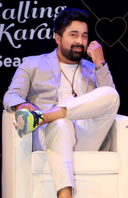Karan Johar says to be a good actor, you must suffer through a heartbreak